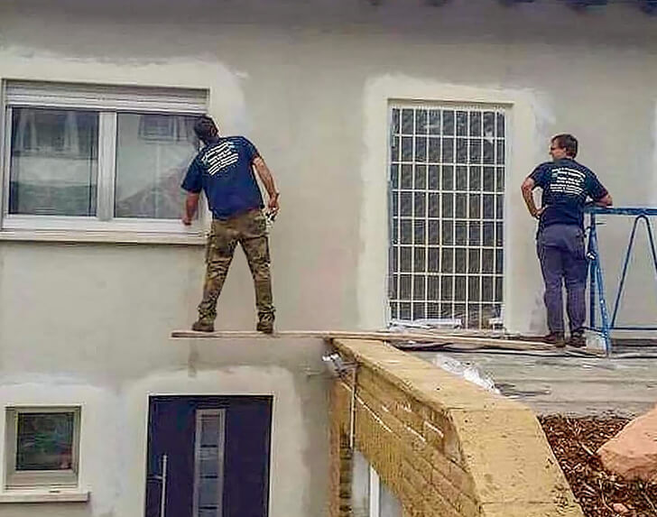 18 Pictures Of Fearless Men Who Can Handle The Most Complex Situations
