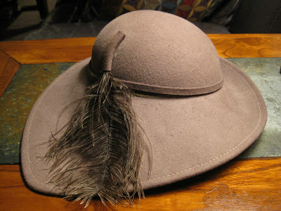 In Which Gail Carriger Dies a Hat Black