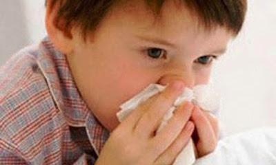 Nguyên nhân khiến trẻ bị ngạt mũi, chảy nước mũi