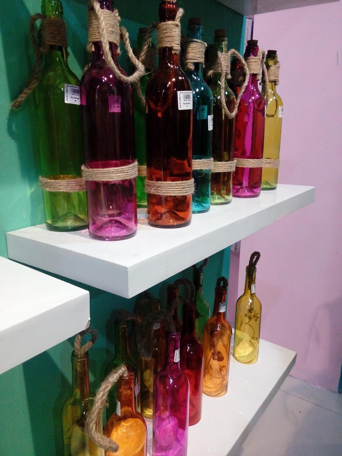 botol hias pajangan warna-warni Jolie Jogja Wirobrajan