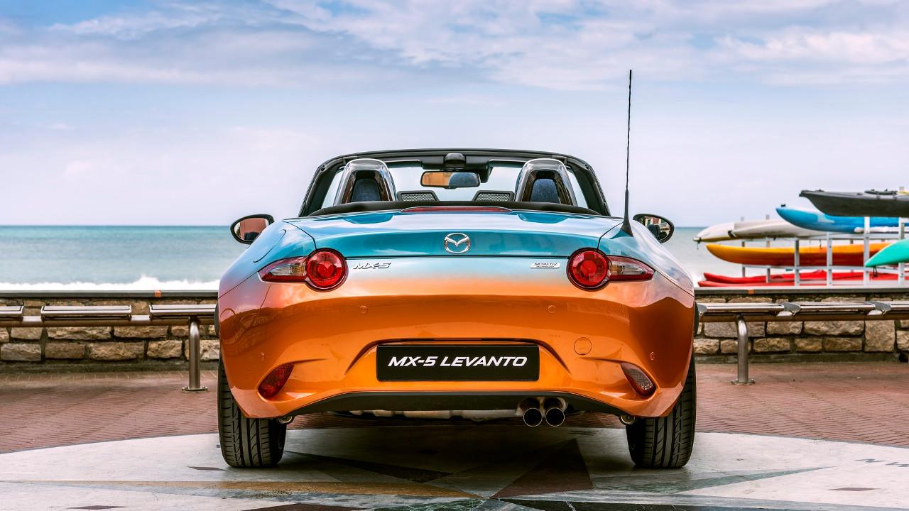 [Image: Mazda-MX-5-Levanto-2.jpg]