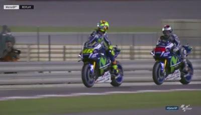 Lolos dari Hukuman, Rossi Seret Lorenzo ke Race Direction Usai Kualifikasi Qatar