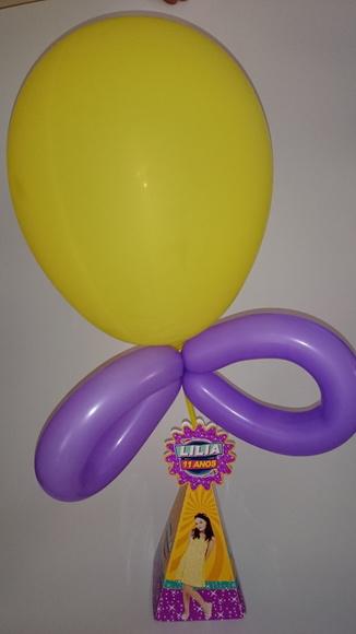 Centro de Mesa Cúmplices de Um Resgate com balões