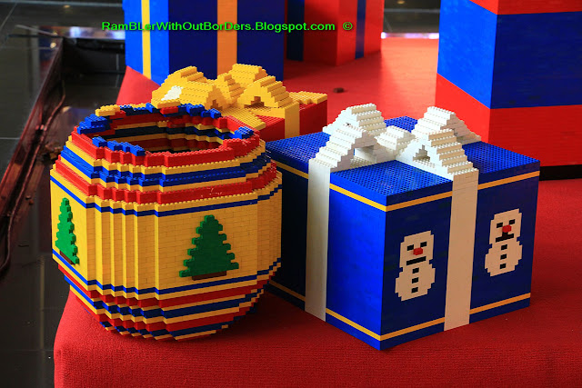Lego gifts, Christmas display, Greenbelt shopping mall, Makati, Manila, the Philippines