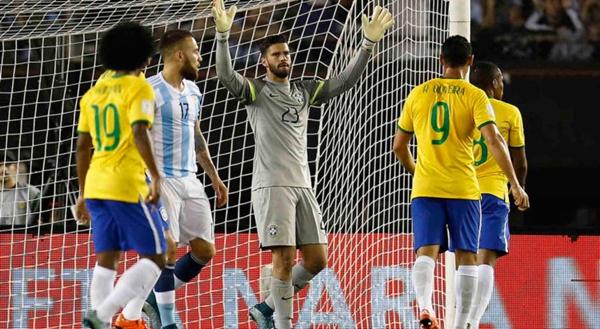 Brasil enfrenta a Argentina nesta terça-feira