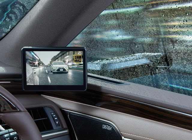 Digital Mirrors for car !!! Toyota's Lexus ES first production car equipped with digital side view mirrors