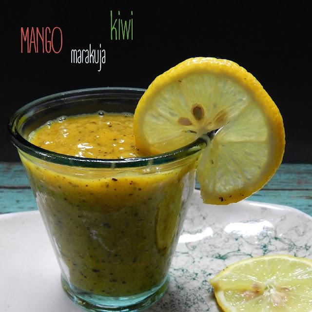 Koktajl z mango, kiwi i marakui
