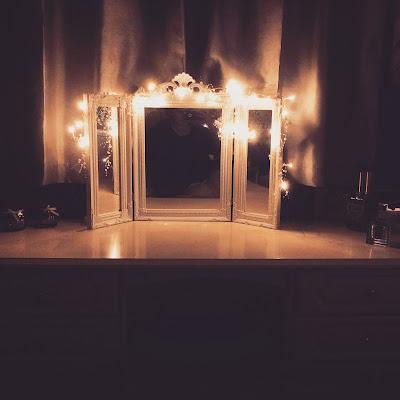 autumn, winter, fall, autumn fashion, beauty, drug store, christmas, lush, garnier, loreal, hot chocolate, halloween, bonfire night, night in, netflix, fairy lights,