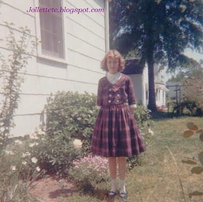 Wendy in Grandma's back yard https://jollettetc.blogspot.com