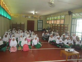Pengarahan dan Pembagian Jadwal Piket Kegiatan Madrasah