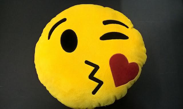 emoji blog