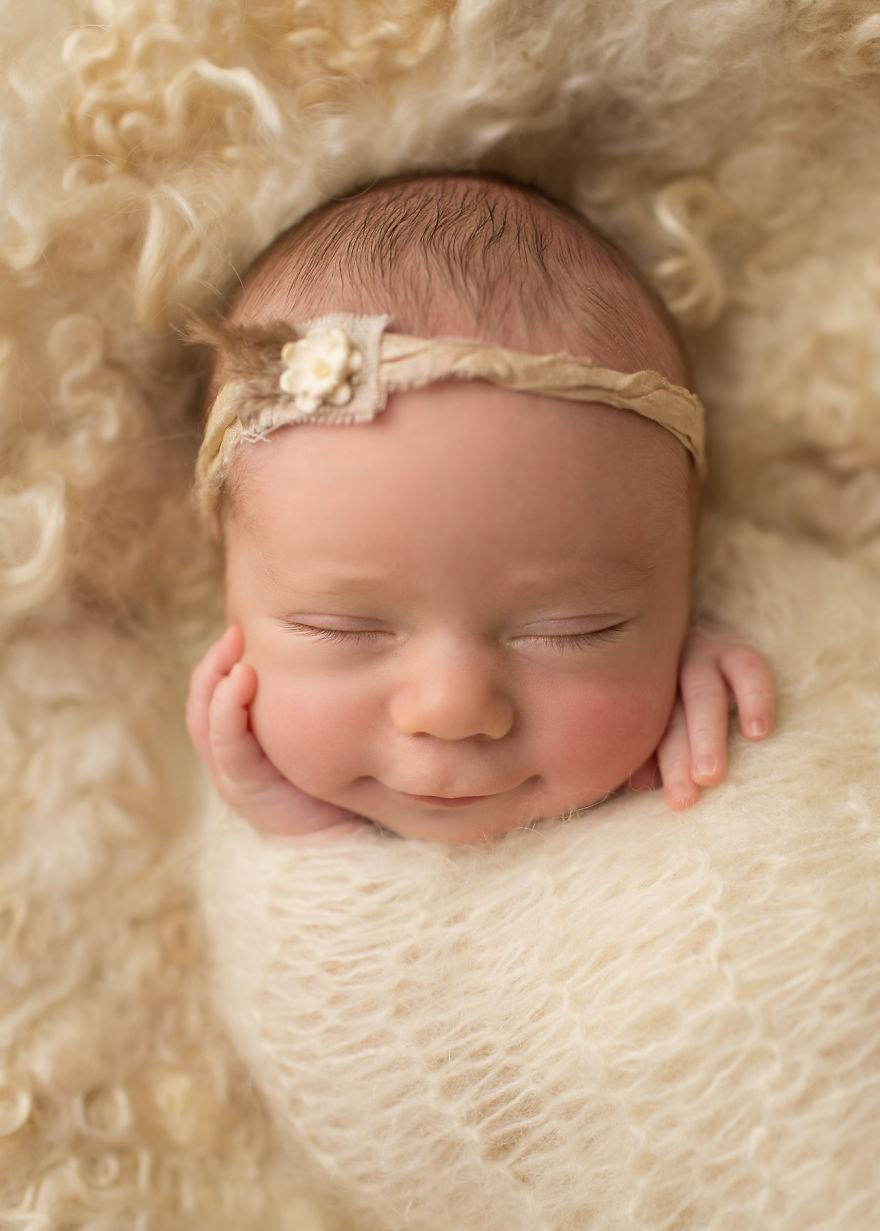 Senyum Bayi Yang Bikin Hati Bunda Meleleh Info Tentang Bayi Kita