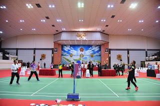 Ketika Jokowi Bermain Bulutangkis Dengan Sultan Brunei Darusalam