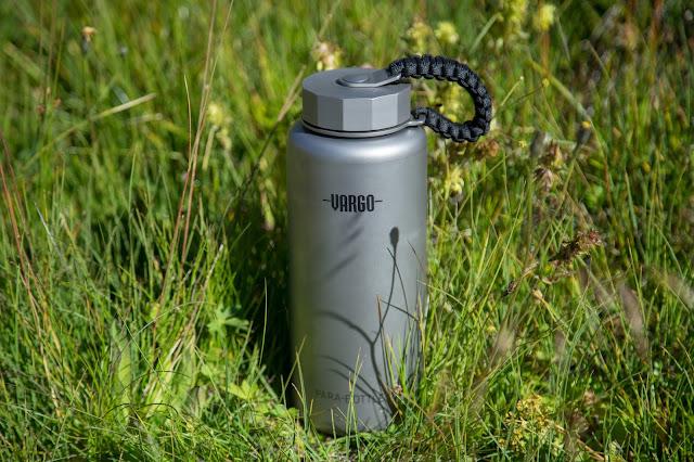 Vargo Para-Bottle  Die ultimative Trinkflasche für Outdoor Aktivitäten  Titan-Trinkflasche 02