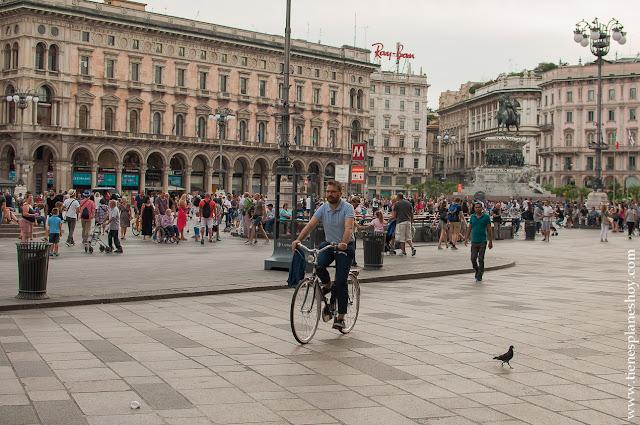 Visitar plaza Duomo Milán Italia