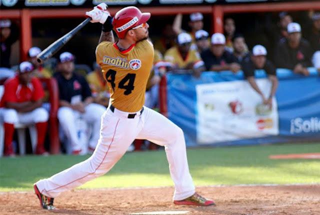 Desde su primera temporada en Venezuela, en la 2015-2016, Rangel Ravelo produjo desesperada y constantemente.