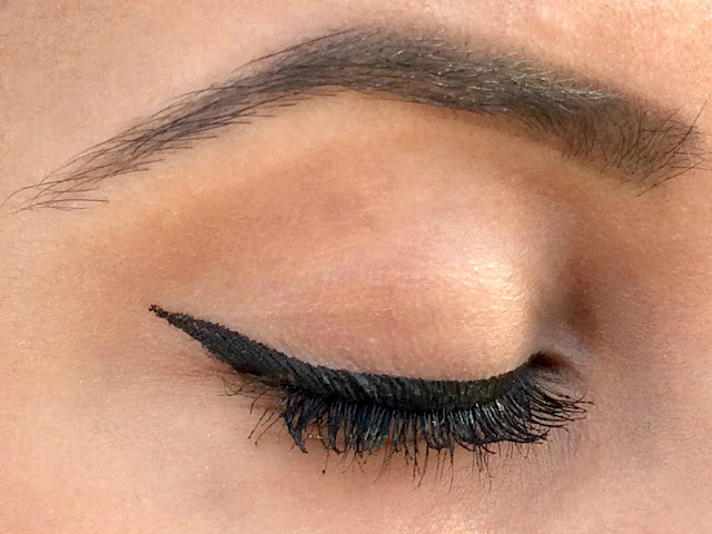 Bourjois Liner Feutre in Ultra Black - Eye