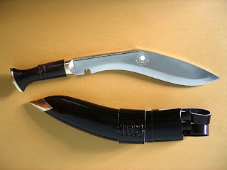 khukuri_with_scabbard