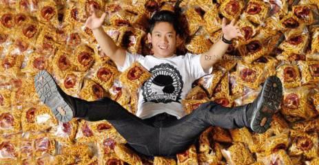 Kisah sukses pengusaha muda - Reza Nurhilman