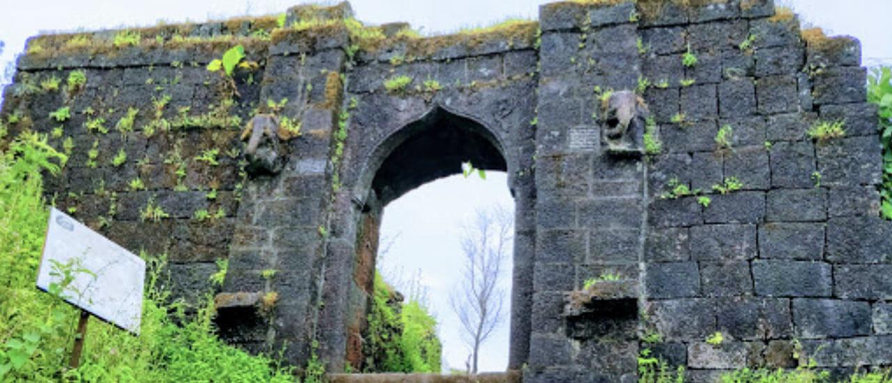 रोहिडा किल्ला - Rohida Fort