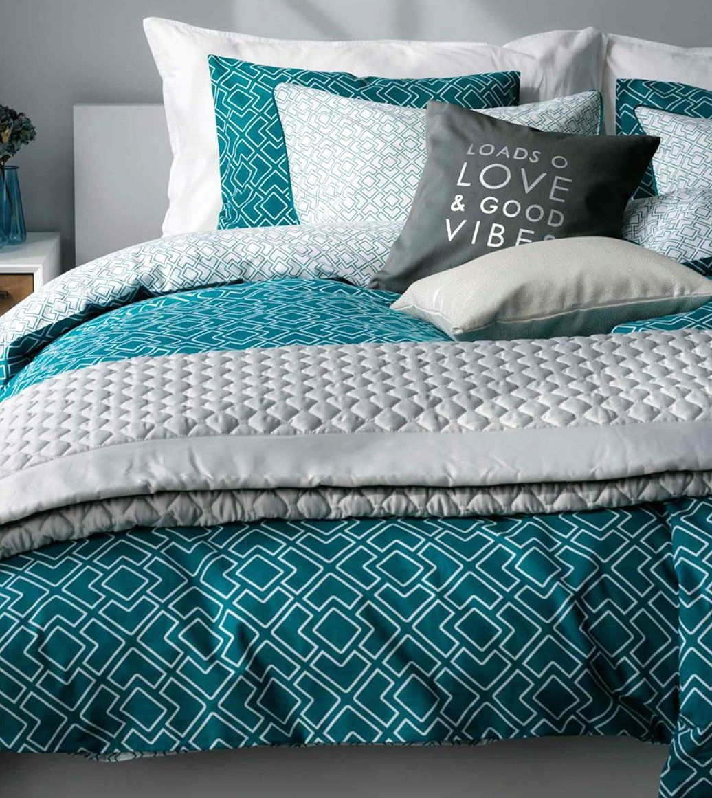 Top Black, White and Turquoise Bedding Sets RY35