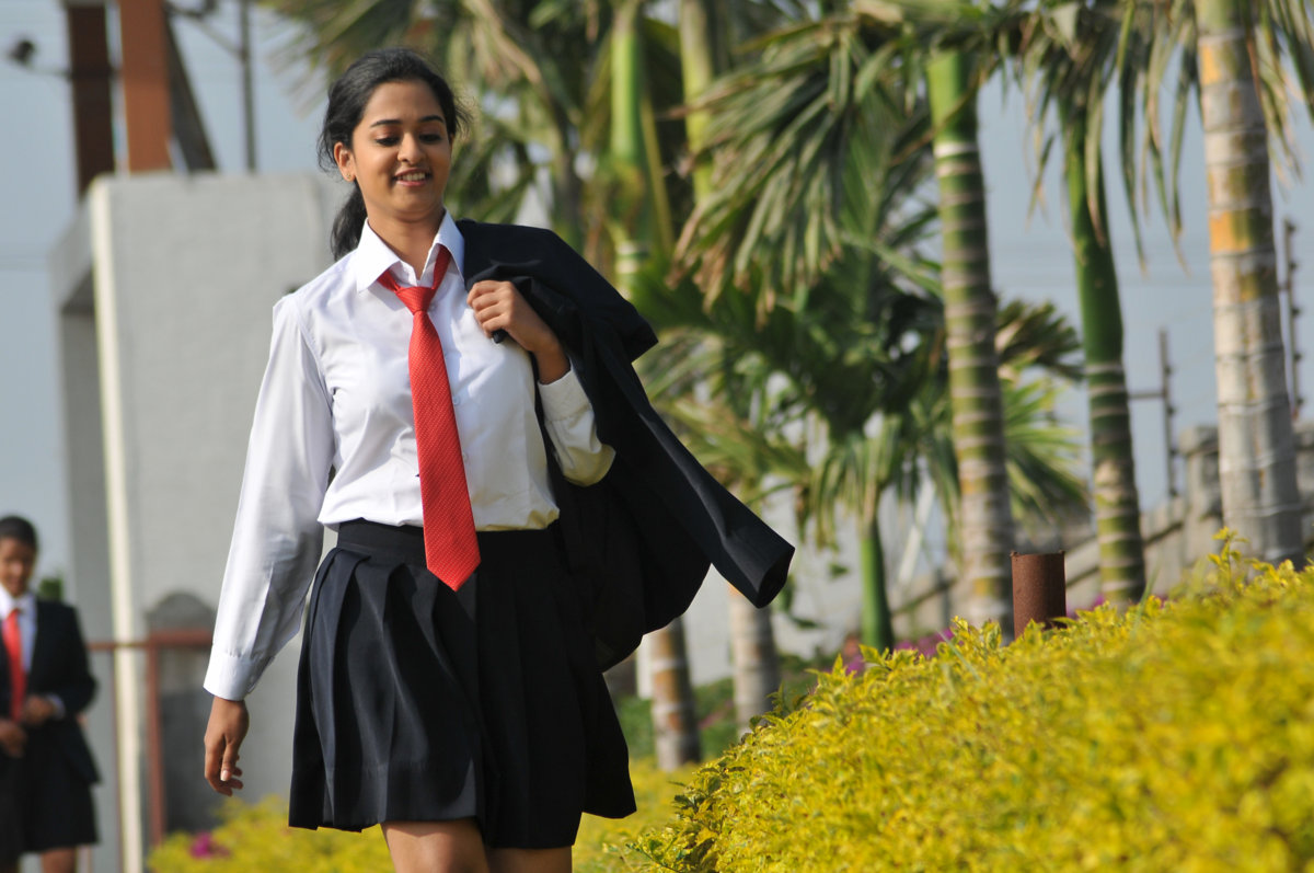 Premakatha chitram heroine nanditha photos gallery