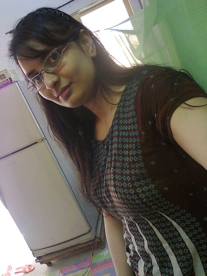 Desi Girl Hot Selfie In Local Indian -  Desi Girls-4789