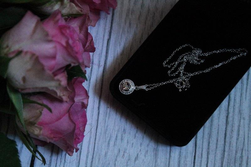 Avon biżuteria