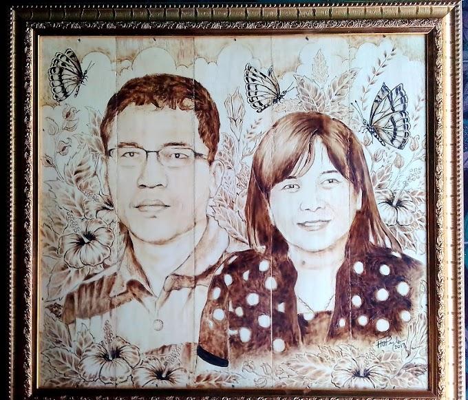 Pesanan yang Ke Dua - Lukisan Pirografi Keluarga