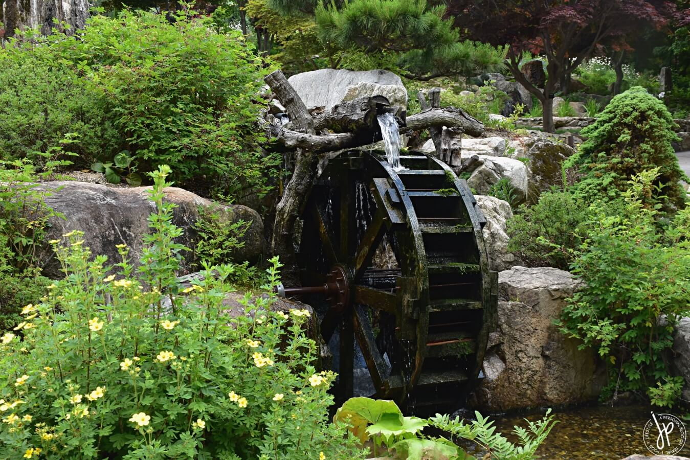 water wheel fountain