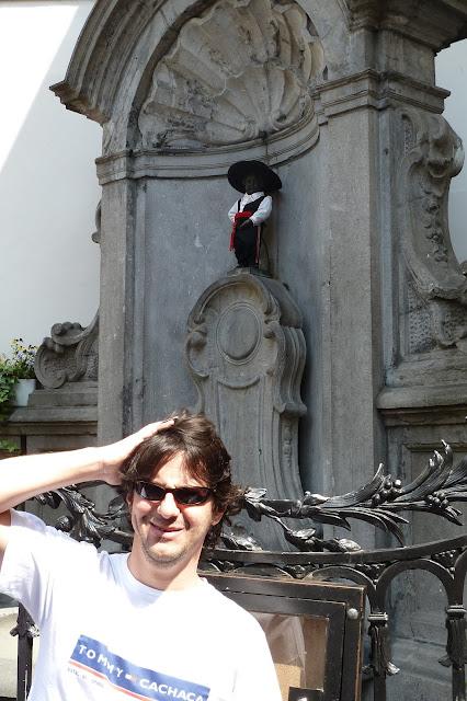 Ah menino lazarento, mijando na minha cabeça - Bruxelas - Bélgica