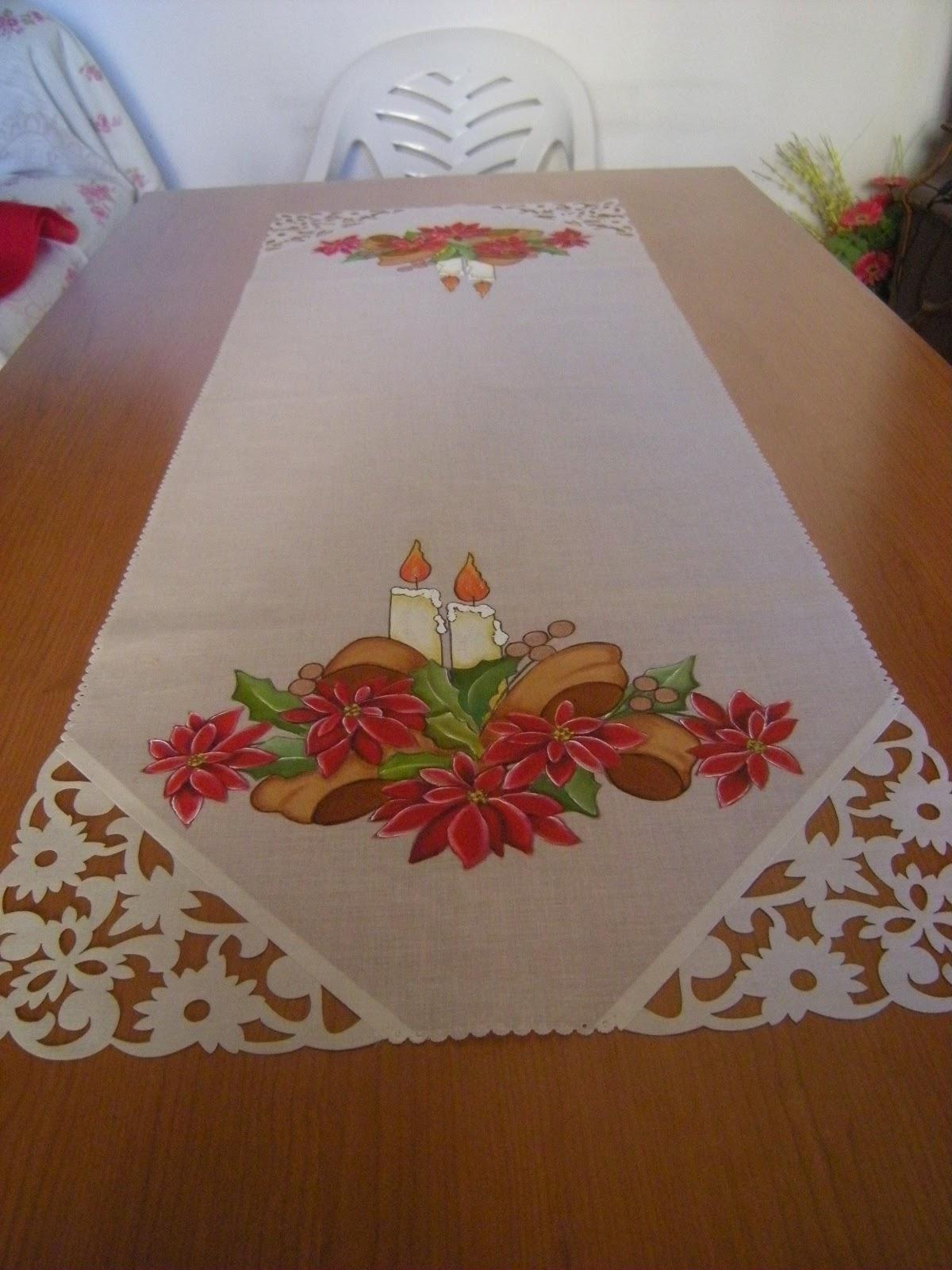 Bordados y tejidos de agustina camino de mesa pintado for Caminos para mesas