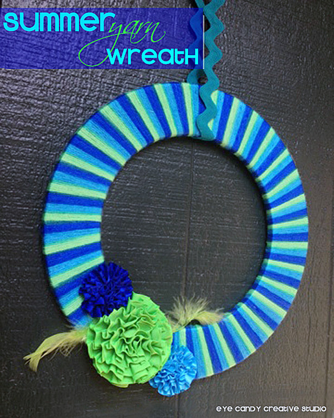 how to make a yarn wreath, wreath for front door, summer wreath, blues