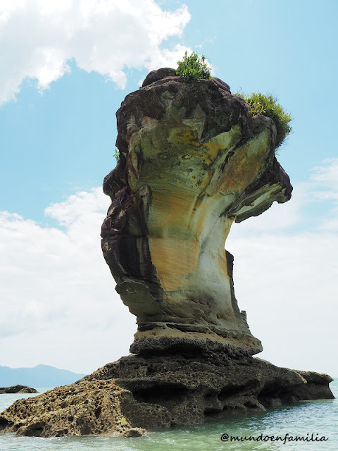 Sea stacks en el Parque Nacional de Bako