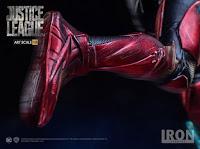 "Pre-order de Flash de ""Justice League"" - Iron Studios"