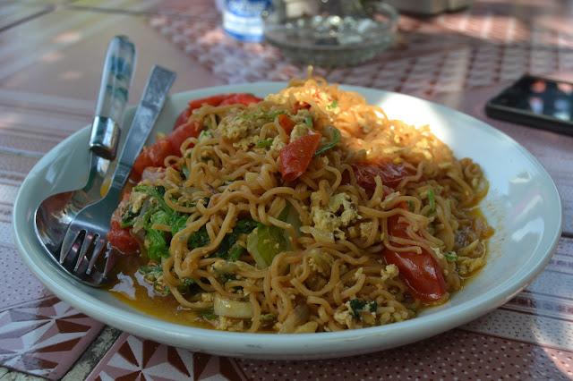 Mie Goreng Watthat Halal ala Luang Prabang Laos