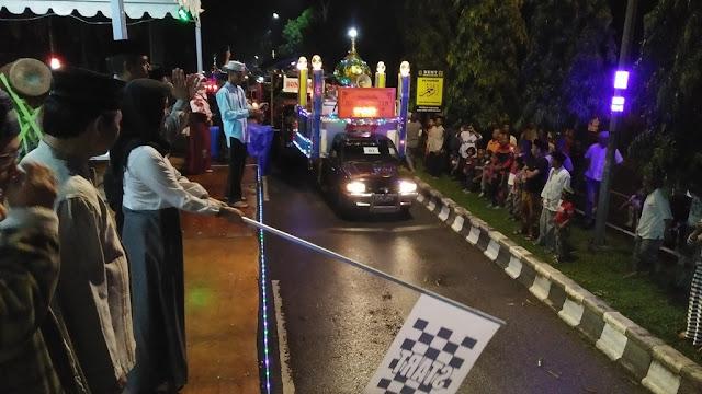 Pawai Mobil Hias Gema Takbir di Lutra Berlangsung Meriah