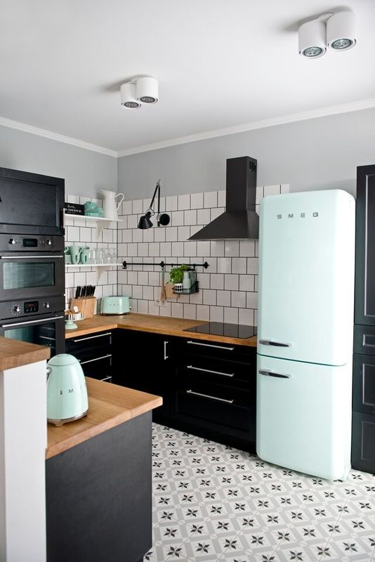 A Retro Kitchen Painted Cabinets
