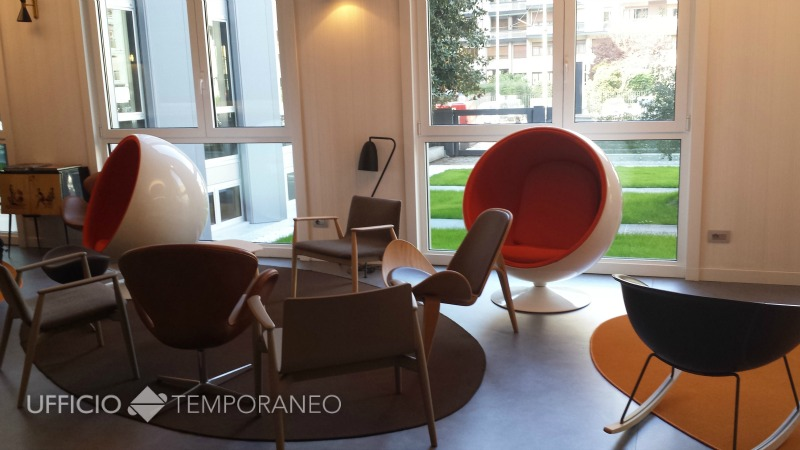 Uffici arredati uffici temporanei noleggia un ufficio al for Uffici a milano
