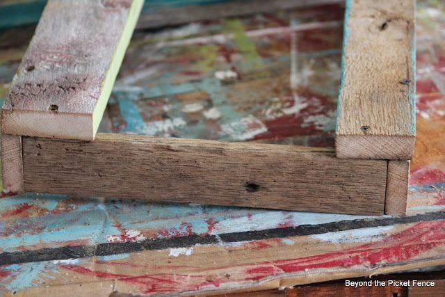 how to make a tray from salvaged wood