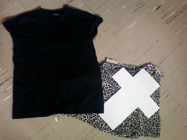 DIY: T-SHIRT CROSS LEOPARD