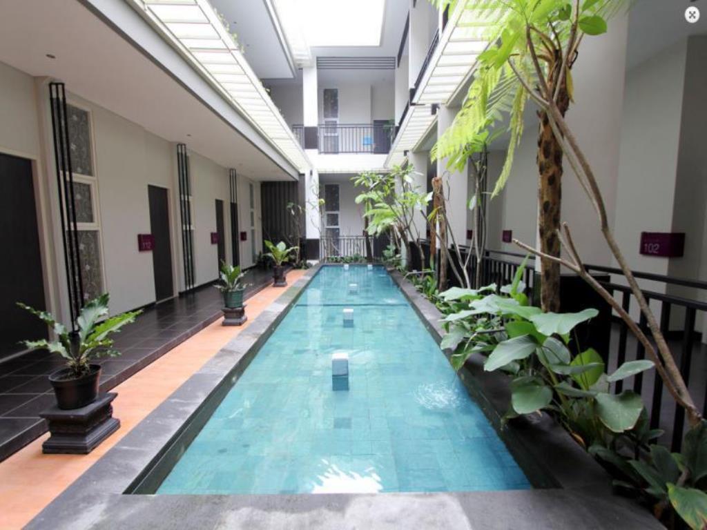 Swimming Pool Same Hotel terbaik di Kota Malang