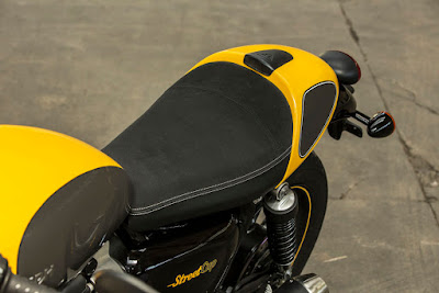 New 2016 Triumph Street Cup bulet seat