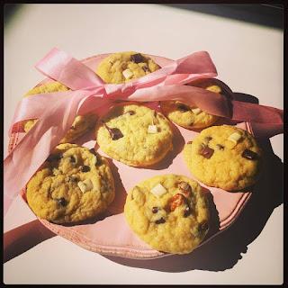 Cookies healthy sans beurre, sans œufs au pépites de chocolat et noix de pecan. Vegan