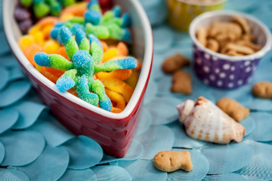 Gummy octopus are perfect for your beach party. Head to www.fizzyparty.com for more inspiration.