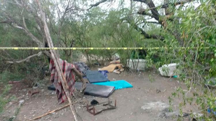 Descubren cadáver semienterrado en narcocampamento de Cruillas, Tamaulipas
