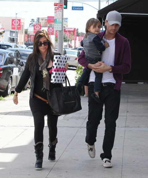 a4e6603a81a2 Kourtney Kardashian was spotted having lunch at Joan on 3rd in Los Angeles,  California. She wore a black top by LNA, black leggings by Donna Karan and  a ...
