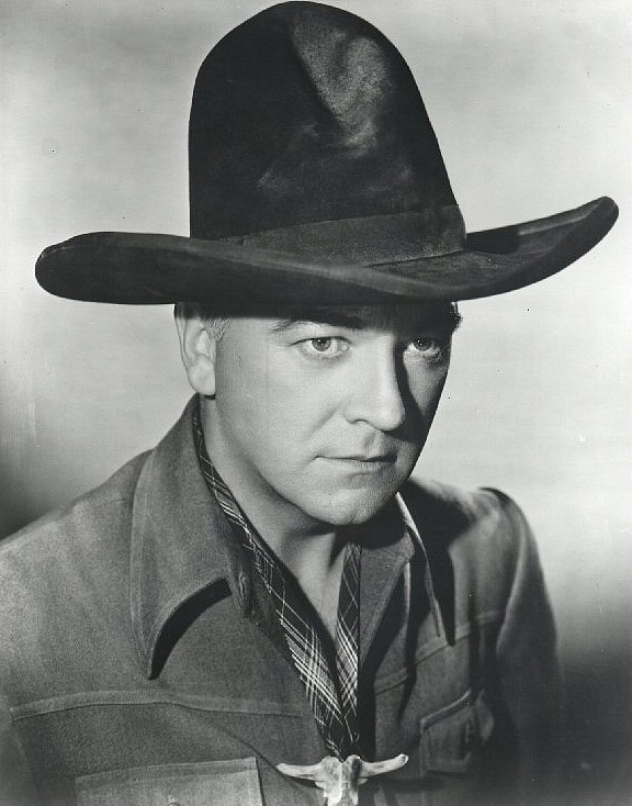 40d67231ac9069 Tom Mix appeared in black hats quite often. Black hats improved contrast in  black & white movies.