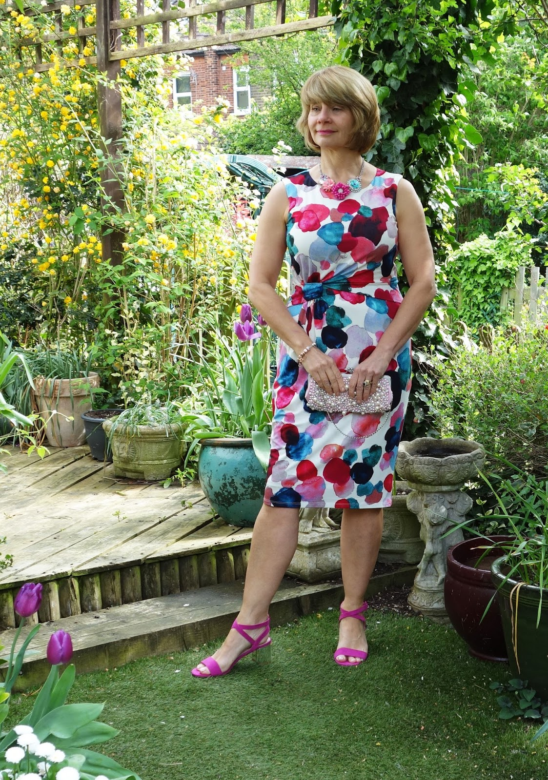 Dress suitable for a middle-aged woman to wear to a wedding, wine bar or on holiday