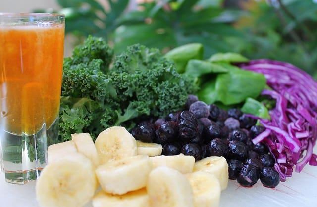 brain power foods apple juice bananas blueberries frugal fitness blog